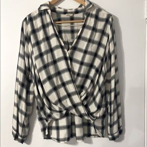 Hollister Flannel Cross Wrapped Blouse Sz M